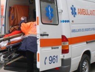Trei persoane au fost rănite în urma unui accident produs în orașul Bacău