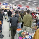 Programul de Paște al supermarketurilor din Bacău