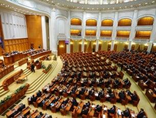 Viitorul Parlament va avea 456 de aleși. Sistemul de vot va fi pe listă