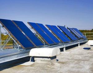 Romanii vor putea accesa fonduri de circa 6.000 de lei/locuinta de la Ministerul Mediului pentru a-si instala panouri solare si pana la 40.000 de lei pentru termoizolare