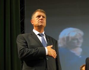 """Iohannis în Bacău: """" Vreau o țară normală, o președinție normală, o campanie normală"""""""