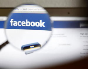 """Facebook a obţinut condamnări de 2 miliarde dolari pentru """"Like-uri"""" plătite"""