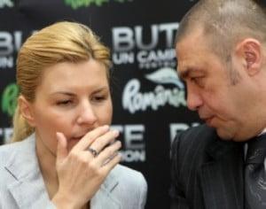 """Elena Udrea și tehnica directei de dreapta. Deprinsă, oare, din boxul de la """"Gala Bute""""?"""