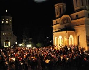 Patriarhia Română: Lumina Sfântă de la Ierusalim va fi adusă in Bacau
