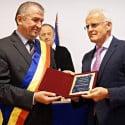 Gerald Schweighofer, făcut cetățean de onoare al Comăneștiului. Afaceristul austriac controlează Holzindustrie, companie implicată în scandalul tăierilor ilegale de lemn