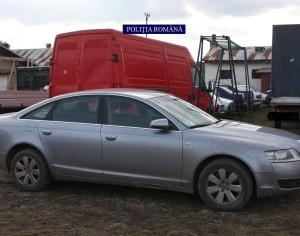 Un autoturism furat din Italia a fost găsit în Sascut