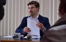"Cosmin Necula: ""Solicit demisia domnilor Razvan Gaina, directorul CRAB, si Gabriel Stanica Lupu, presedintele CA al CRAB"""
