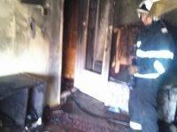 FOTO: Incendiu intr-un apartament din municipiul Onesti